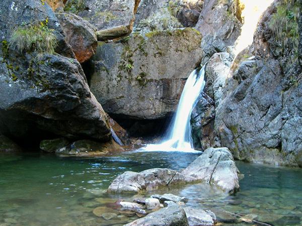 Cascada Iadolina Valea Iadului Bihor