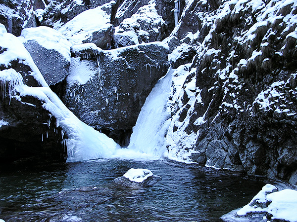 Iadolina Waterfall in winter, Hell Valley Romania