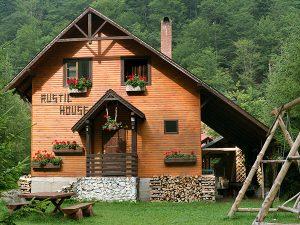 Pensiunea Rustic House Coada Lacului Lesu - Cabana 1