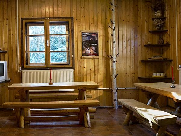 Pensiunea Rustic House - Cabana 1 interior sufragerie