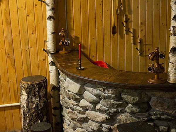 Pensiune Rustic House la munte - Cabana 1 sufragerie bar piatra