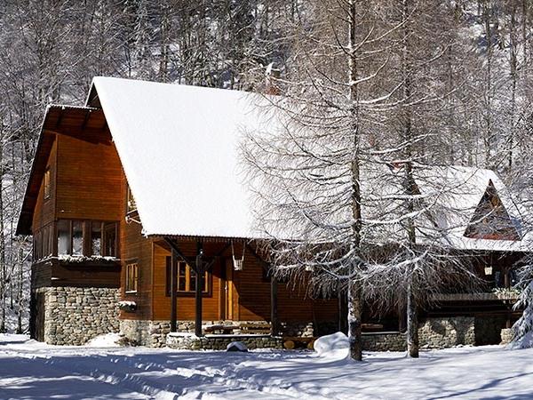 Pensiune Rustic House - Cabana 2 iarna pe Valea Iadului